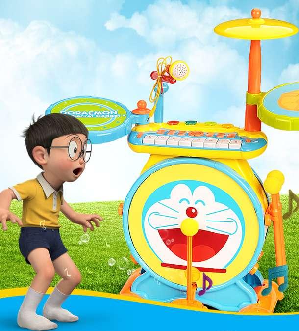 哆啦a梦造型 带炫彩灯光 和炫酷音乐 操作简单 深受广大儿童的喜爱 切