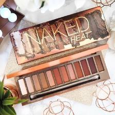 Urban Decay Naked Heat 眼影盘 £31.6,约283元