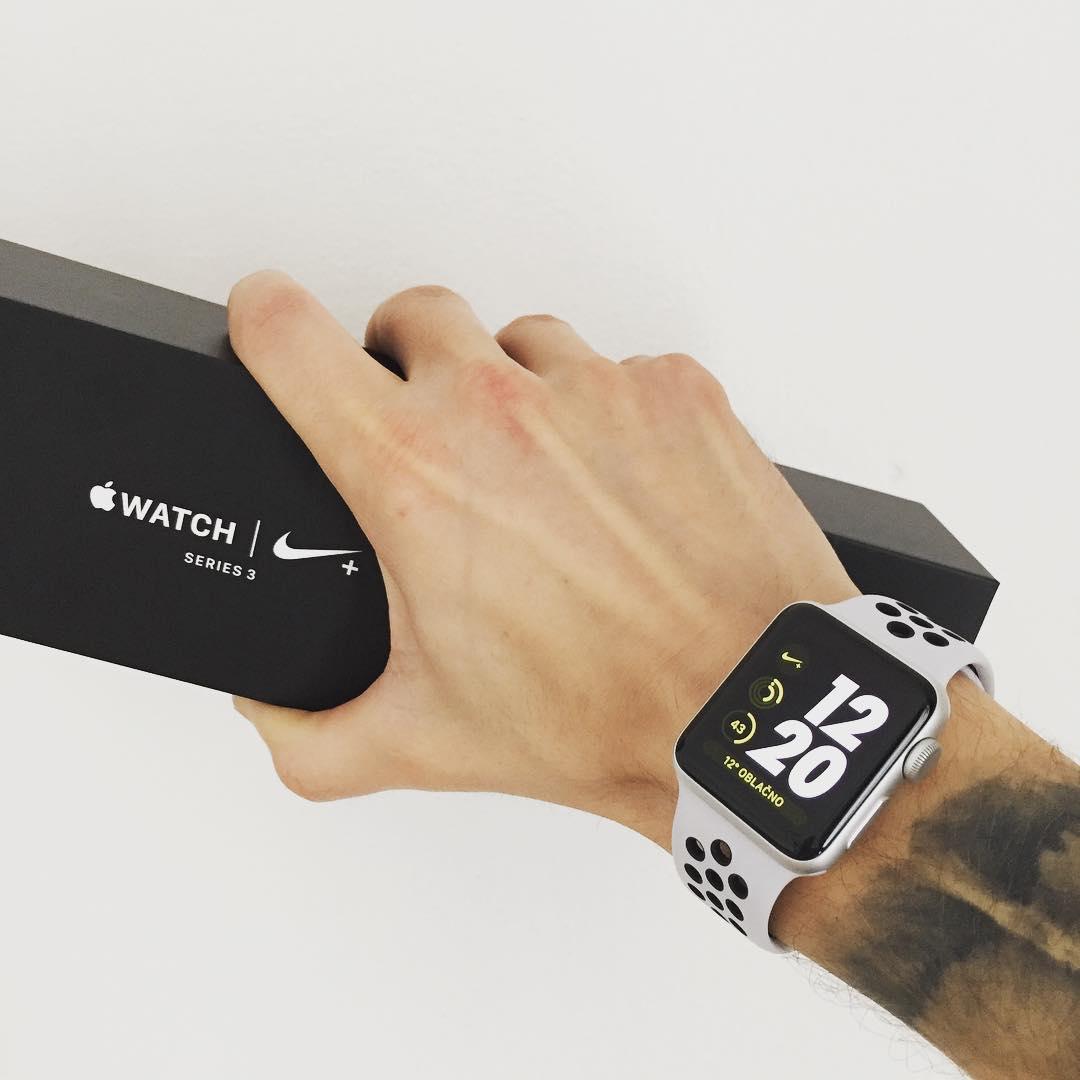 你的私人跑步指导!Apple Watch Nike+ Series 3 耐克官网2888元有售