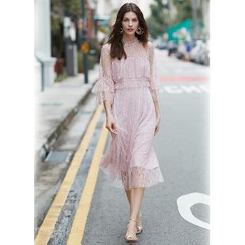 天猫 Vero Moda 新款层叠装饰喇叭七分袖蕾丝连衣裙339元包邮(已降150元)