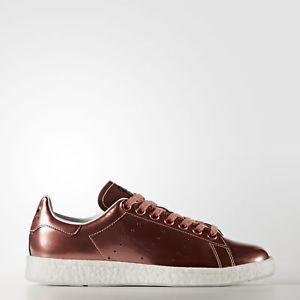 "adidas Originals Stan Smith Boost ""Metalic"" 女款休闲运动鞋 $31.99(下单立减,约¥290)"