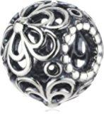 ¥184 Pandora 潘多拉 银质四叶草手链吊饰