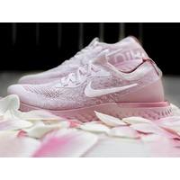 $150包邮,4/19发售 'Pink Machta' Nike Epic React Flyknit 明日发售