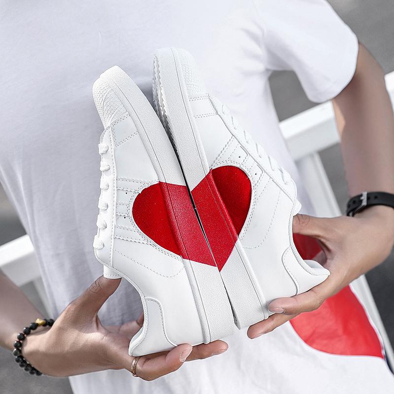 ¥69 戚薇同款爱心情侣小白鞋