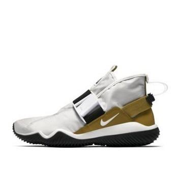 天猫 春上新:NIKE耐克 Komyuter SE男子运动鞋494元包邮(4色可选,可用券)
