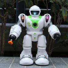 阿尔法 0820 会走路机器人玩具 ¥30