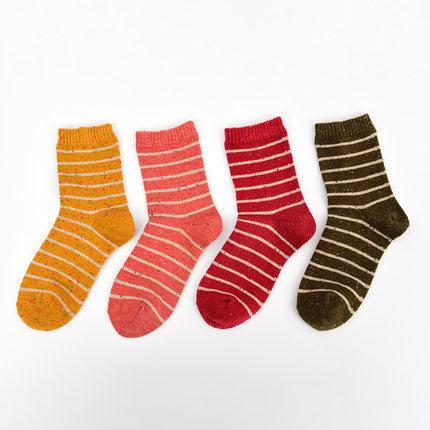 日本阪织屋 17秋冬 女士加厚含羊毛中筒袜 3双 ¥19