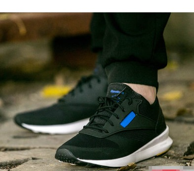 24号预告 Reebok 锐步 ZOKU Runner Ultk 男款休闲运动鞋 *2件 358元(合179元/件)