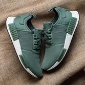 adidas 阿迪达斯 三叶草 NMD R1 中性款跑鞋 77英镑约¥658包直邮