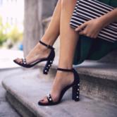 低至4折 Bloomingdales官网 Stuart Weitzman美鞋热卖 收珍珠一字带凉鞋