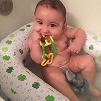 婴儿充气洗澡盆